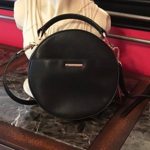Vince Camuto crossbody leather bag